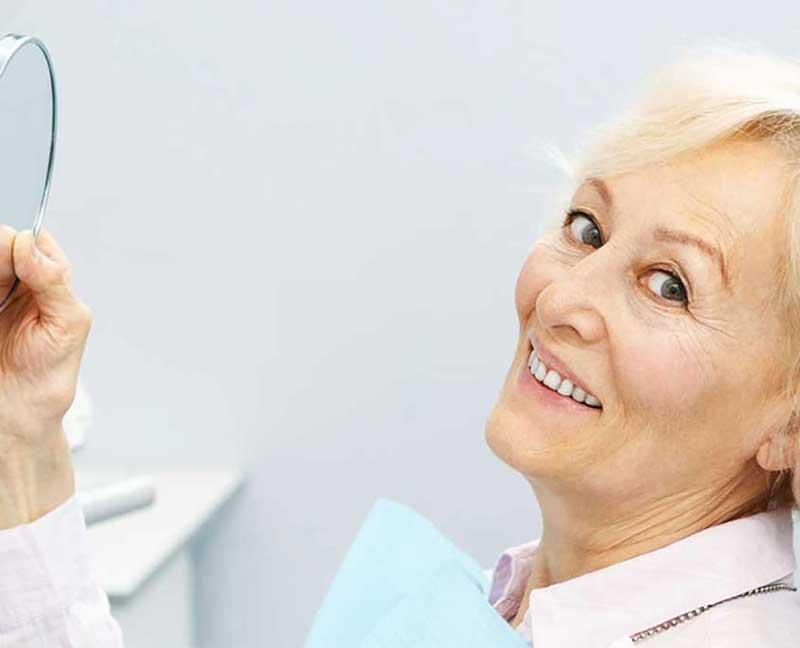stomatoloska-ordinacija-vunjak-dental-clinic-doktorka-stomatologije-se-smesi