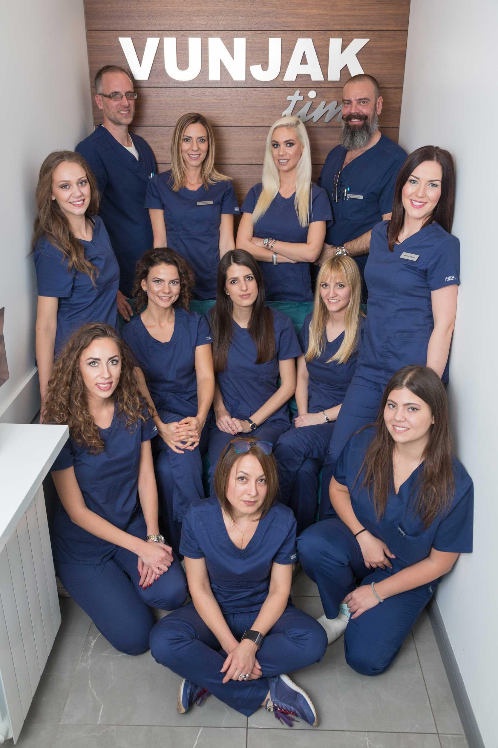 stomatoloska-ordinacija-vunjak-dental-clinic-vunjak-tim-10